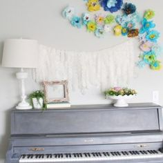 I decided to update my piano area in my living room with some bright colors for spring. I just feel so much happier now that the weather is better. Picture Frame Wreath, Christian Wall Decor, Paper Flowers Diy, Diy Paper, Spring Projects, Simple Projects, Diy Projects, Do It Yourself Crafts, Spring Home