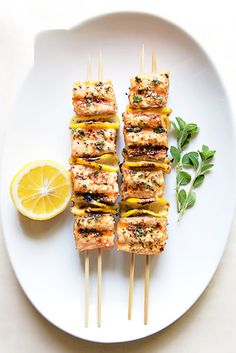 Use two skewers instead of one.