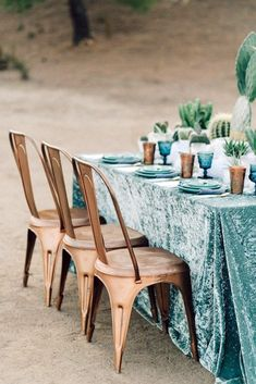 A todo Confetti is under construction Table Turquoise, Turquoise Party, Wedding Table, Wedding Reception, Reception Table, Camo Wedding, Wedding Chairs, Dream Wedding, Dusty Blue