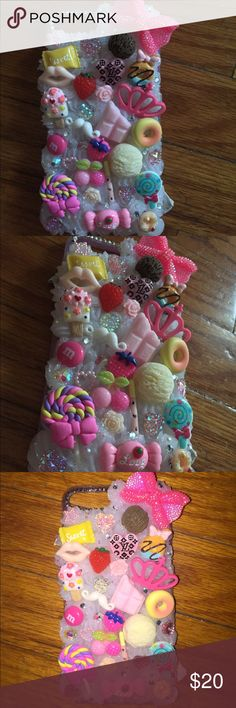 3D Glo N Dark BlingWhipped iPhone 7Plus Hard Case 3D Whipped Glow n Dark Cabochon Kawaii Bling iPhone 7 Plus Hard Case  The boarder Glows as Well as the Cream!  ❄️  Handmade from durable high quality plastic materials, luxury crystal rhinestone and durable glue.  Won't fall off with proper care!  Colors same as photo Accessories Phone Cases