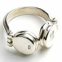 Visit Point925Productions on SoundCloud Cute Headphones, Cute Rings, Unique Rings, Jewelry Gifts, Jewelery, Jewelry Box, Fashion Accessories, Jewelry Accessories, Casques
