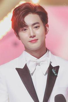 Read 08 from the story Hey, guapo ❀ KaiSoo by arhatdy (❀ dreamgirl ~) with reads. Suho Exo, Kaisoo, Chanbaek, Exo Ot12, Kpop Exo, Park Chanyeol, Kris Wu, K Pop, Kim Joon Myeon