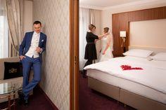 HOCHZEIT FEIERN IN WIEN - Von der standesamtlichen Trauung bis zur Hochzeitsnacht - alles aus einer Hand Hotel Stefanie, Four Hundred, 4 Star Hotels, Elegant, Wedding Night, Civil Wedding, Getting Married, Classy, Chic