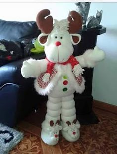 No pattern just picture, hope to find the pattern for this. If anyone finds it. Thanks, Ursula Christmas Clay, Christmas Sewing, Christmas Fabric, Christmas Animals, Christmas Love, Christmas Projects, Christmas Holidays, Felt Christmas Decorations, Christmas Ornaments