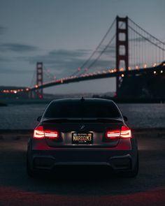 "Gefällt 51.2 Tsd. Mal, 110 Kommentare - BMW (@bmw) auf Instagram: ""Cherish the moment. The #BMW #M3 Sedan. #BMWrepost @guywithacamera415 @kleaperm3 __________ Fuel…"""