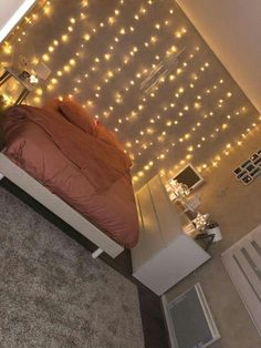 room decor for a cozy bedroom can be for kid's rooms or teen girls' bedro., room decor for a cozy bedroom can be for kid's rooms or teen girls' bedrooms Girl Bedroom Designs, Bedroom Themes, Room Decor Bedroom, Bedroom Inspo, Bedroom Decor Lights, String Lights Bedroom, Bedroom Fairy Lights, Bedroom Spotlights, Teen Room Decor