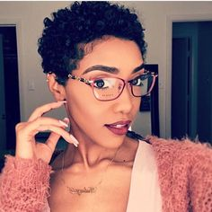 Get three post workout hair care tips and products on how to look your best after a tough time at the gym. Gym post workout hair is possible. Natural Hair Cuts, Curly Hair Cuts, Short Curly Hair, Short Hair Cuts, Curly Hair Styles, Natural Hair Styles, Big Chop Natural Hair, Short Natural Curly Hairstyles, Natural Hair Short Cuts