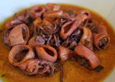 Calamares en salsa. Receta tradicional. Cocinando con las chachas blog.