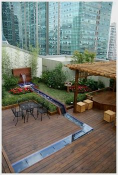 Beautiful Rooftop Garden Design Ideas to Enhance the Look of your Home - - Garden Ideas Design Rooftop Design, Terrace Design, Garden Design, Charleston Sc, Ibiza, Feng Shui Garden, Sky Garden, Garden Plants, Garden Theme