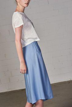 b401c334c831 Die 30 besten Bilder von 24colours   Cotton, Crop shirt und Cropped ...