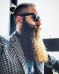 Beardy Bloke Grey Beards, Long Beards, Epic Beard, Full Beard, Beard Boy, Beard Gang, Beard Styles, Hair Styles, Beard Model