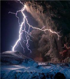 Eyjafjallajokull Volcano Lightning Iceland