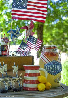 Drink station at a Vintage 4th of July Party #4thofjuly #party