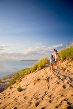 Things to do in Michigans Traverse Area include Sleeping Bear Dunes National Lakeshore, National Cherry Festival, Beaver Island, wineries and Clinch Park Beach.