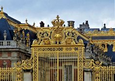 Versailles, Classical Architecture, Historical Sites, Big Ben, Facade, Temple, Medieval, Building, Awesome