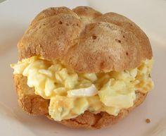 Een lekkere eiersalade met ui speciaal voor Pasen. Daarnaast is deze eiersalade met ui makkelijk te maken en bereidt in een klein halfuurtje tot 45 minuten.