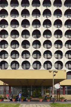 ddd1bda3bb4 Hotel Ezüstpart in Hungary: Quintessential Soviet Era Architecture and  Design