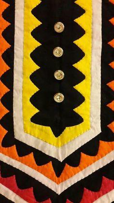 Rilli pakistani hand applique Beaded Embroidery, Embroidery Stitches, Embroidery Patterns, Hand Embroidery, Sewing Patterns, Hand Applique, Applique Dress, Applique Quilts, Veere Di Wedding