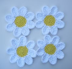 daisy coasters pattern by Doni Speigle