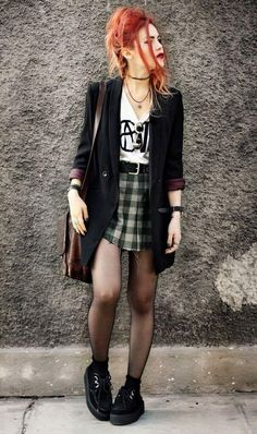 Long blazers are savage Grunge Outfits, Rock Outfits, Edgy Outfits, Preppy Outfits, Indie Fashion, Grunge Fashion, 90s Fashion, Fashion Outfits, Womens Fashion