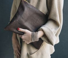 All of This - Clutch Sweater bracelets and Red Polish Fashion Mode, Look Fashion, Winter Fashion, Womens Fashion, Nail Fashion, Looks Street Style, Looks Style, Style Me, Mode Inspiration