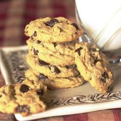Outrageous Chocolate Chip Cookies, photo by Cookin'Cyn