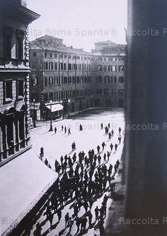 Piazza Montecitorio, manifestazione operaia Anno: Inizi '900