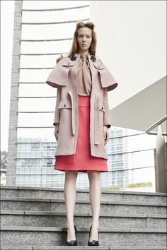 Mila Schön Resort2016 #Look18 Office Looks, Duster Coat, Raincoat, Vogue, Suits, Jackets, Ms, Fashion, Nice Asses