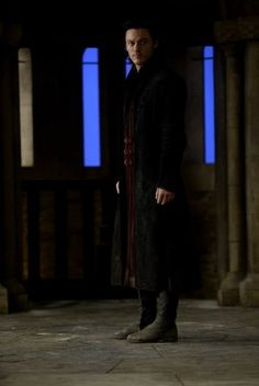 Luke Evans in Dracula Untold Game Of Thrones Story, Luke Evans Dracula, Dracula Untold, Sarah Gadon, Charles Dance, Dominic Cooper, Good Will Hunting, Hot Vampires, Vampires