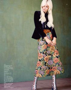Aline Weber by Matt Irwin for Vogue China Collections December 2014 giorgio armani Moda Fashion, Vogue Fashion, Girl Fashion, Womens Fashion, Fashion Design, Ladies Fashion, Fashion Clothes, Fashion Trends, 70s Outfits