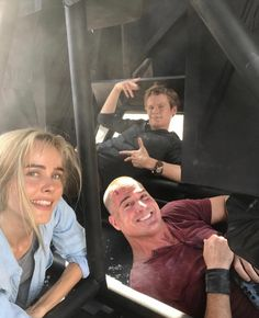 Lucas Till, George Eads and Isabel Lucas behind the scenes of Macgyver season 2!  Isabel will be the new regular on the show