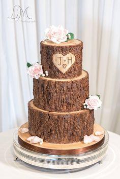 Wood / tree stump effect wedding cake