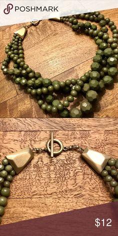 Ann Taylor LOFT Olive Green Bauble Necklace Ann Taylor LOFT Olive Green Bauble Necklace LOFT Jewelry Necklaces