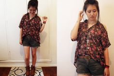 Cute Flower Shirt Outfit