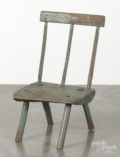 Primitive peasants chair, 19th c., retaining an old green surface, 30'' h., together with a drying ra - Price Estimate: $50 - $100