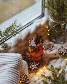 Cosy Winter, Bath Caddy, Alcoholic Drinks, Coffee Maker, Kitchen Appliances, Glass, Food, I Love Coffee, Coffee Maker Machine