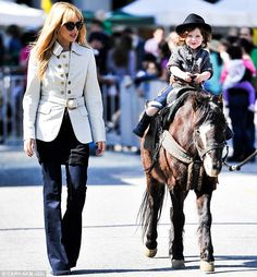 Her little cowboy! Rachel Zoe takes son Skyler for pony ride and dresses him in stylish hat for the occasion Stylish Hats, Stylish Dresses, Little Cowboy, Little Boys, Pony Rides, Equestrian Style, Rachel Zoe, Horse Riding, Sons