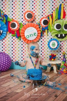 Little monster birthday backdrop little by sweetsistercelebrate monster par 1st Birthday Boy Themes, Twin First Birthday, Birthday Photos, Baby Birthday, Birthday Bash, Birthday Ideas, Little Monster Birthday, Monster Birthday Parties, First Birthday Parties
