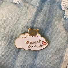 'Sweet Dreams' Pin – Gimme Flair