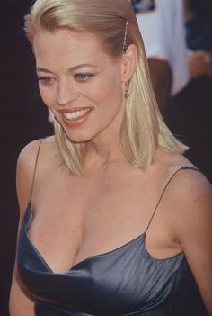 Photo of Seven Of Nine for fans of Jeri Ryan 16758240 Beautiful Celebrities, Beautiful Actresses, Gorgeous Women, Jeri Ryan, Star Trek Enterprise, Star Trek Voyager, Hot Actresses, Hollywood Actresses, Star Trek Cast