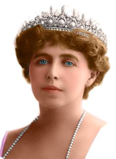 Queen Marie of Romania, nee Princess of the United Kingdom Royal Crowns, Royal Tiaras, Tiaras And Crowns, Bridal Tiara, Headpiece Wedding, Wedding Veils, Bridal Headpieces, Romanian Royal Family, Queen Victoria Prince Albert
