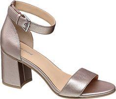 Sayısız modelde sunulan topuklu ayakkabıları, online dünyada keşfedin – deichmann.com
