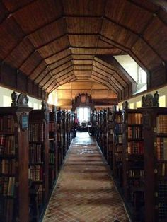Medieval Library at Merton College (pic: my own)
