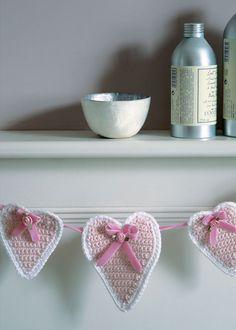 Heart shaped bunting (free crochet pattern). http://www.coatscrafts.co.uk/Crochet/Projects/crochet_heart_bunting