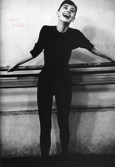 Audrey Hepburn, ballet barre