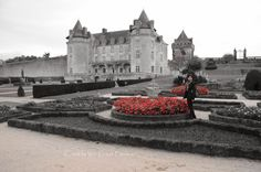 El  Castillo de la Roche Courbon en  France For more check it out our blog http://www.makeyourownfashion.com/