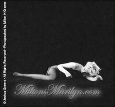 Milton Greene, Marilyn Monroe, black sitting