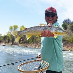 There are a ton of great fly fishing guides in Durango, Colorado. Plan your fishing trip!