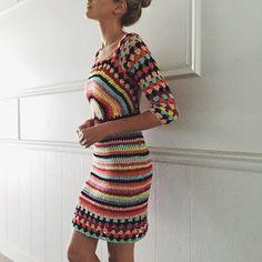 Groovy regenboog gehaakte jurk