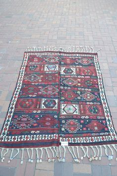 "VINTAGE Turkish Kilim Rug Carpet, Handwoven Kilim Rug, Antique Kilim Rug,Decorative Kilim, Natural Wool 57"" X 80'' on Etsy, $540.00"